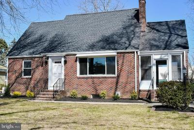 Bordentown Single Family Home For Sale: 26 Linden Road
