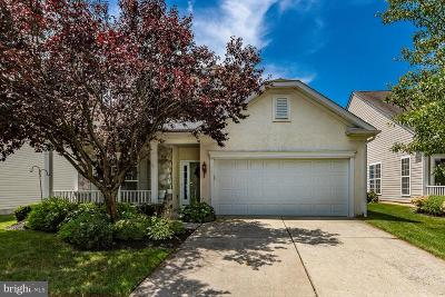 Delanco Single Family Home For Sale: 24 Emery Way