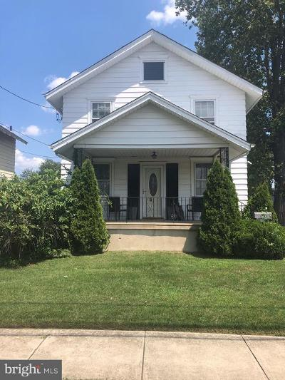 Beverly Single Family Home For Sale: 630 Bentley Avenue Bentley Avenue
