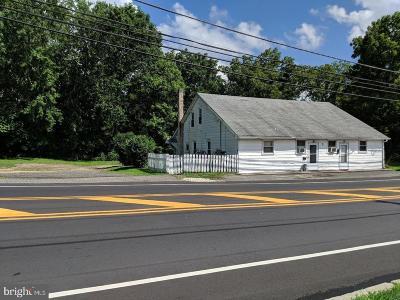 Pemberton Multi Family Home For Sale: 2 Fort Dix