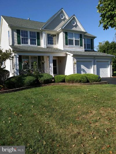 Burlington Single Family Home For Sale: 21 Indian Lane