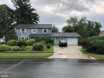 Willingboro Single Family Home For Sale: 14 Pageant Lane