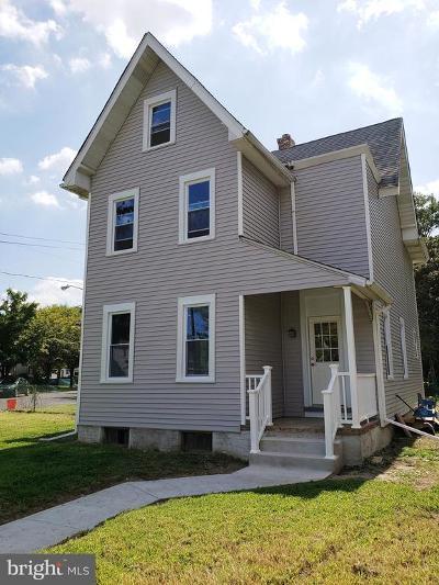 Palmyra Single Family Home For Sale: 337 Berkley Avenue