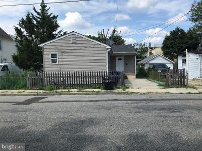 Riverside Single Family Home For Sale: 198 Adams Street