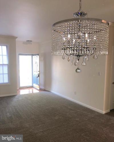 Bordentown Single Family Home For Sale: 31 Farmington Court