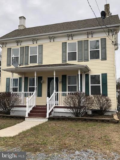 Single Family Home For Sale: 8 Front Street