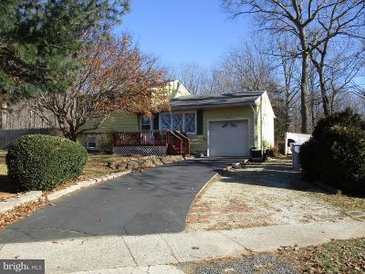 Newfield Single Family Home Active Under Contract: 4549 Robin Road