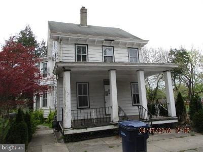 Bridgeton Single Family Home For Sale: 74 Bank Street