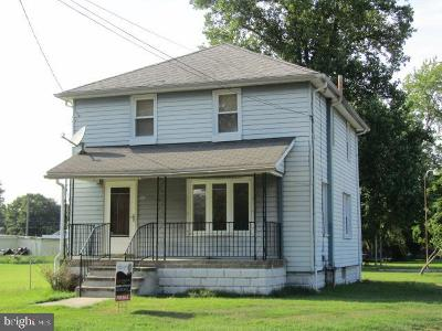 Millville Single Family Home For Sale: 1012 E Broad Street