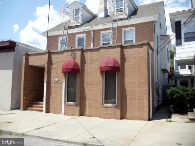 Cumberland County Multi Family Home For Sale: 106 E Pine Street