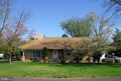 Vineland Single Family Home For Sale: 991 Wills Place