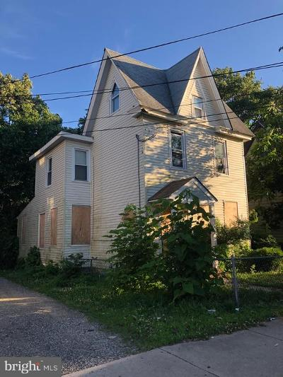 Millville Multi Family Home For Sale: 411 E Broad Street