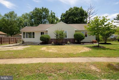 Vineland Single Family Home For Sale: 733 Yale Terrace