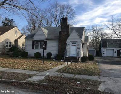 Cumberland County Single Family Home For Sale: 515 Mayfair Street