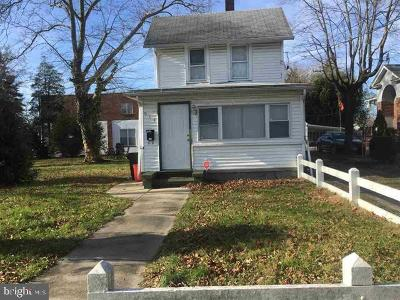 Vineland Multi Family Home For Sale: 838 E Cherry Street