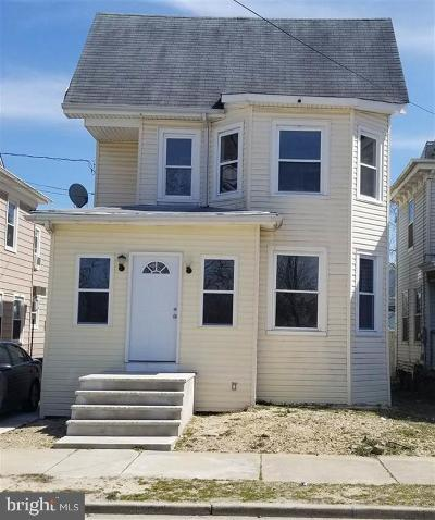 Millville Single Family Home For Sale: 105 N 5th Street