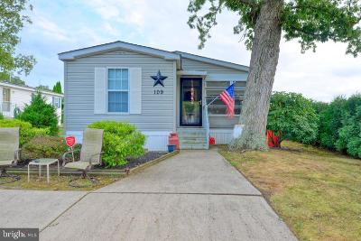 Vineland Single Family Home For Sale: 768 E Garden Road #109
