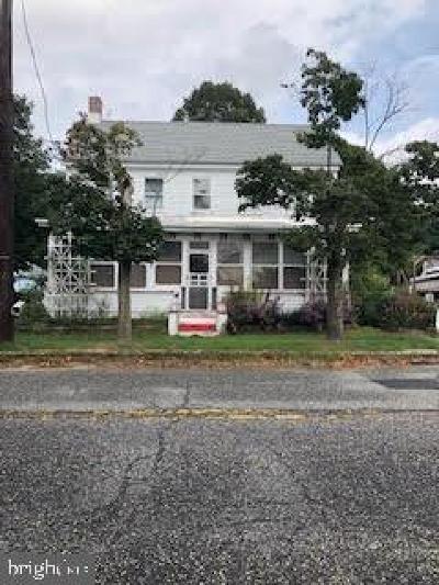 Single Family Home For Sale: 417 Main Street
