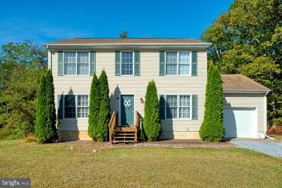 Cumberland County Single Family Home For Sale: 22 Greenlawn Court