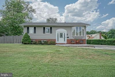 Gibbsboro Single Family Home For Sale: 2 Edgehill Road