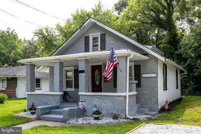 Lindenwold Single Family Home For Sale: 911 Walnut Avenue