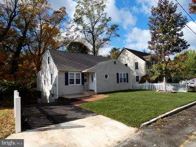 Single Family Home For Sale: 106 Westmont Avenue