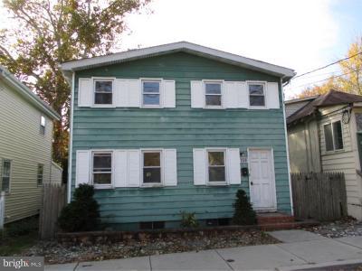 Single Family Home For Sale: 158 Ellis Street