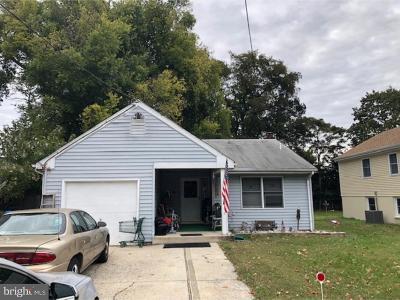 Cherry Hill Single Family Home For Sale: 12 W Miami Avenue