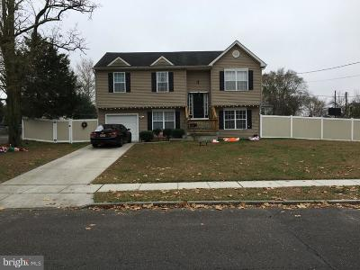 Lindenwold Single Family Home For Sale: 444 4th Avenue