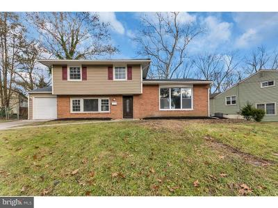 Cherry Hill Single Family Home For Sale: 313 Brookmead Drive