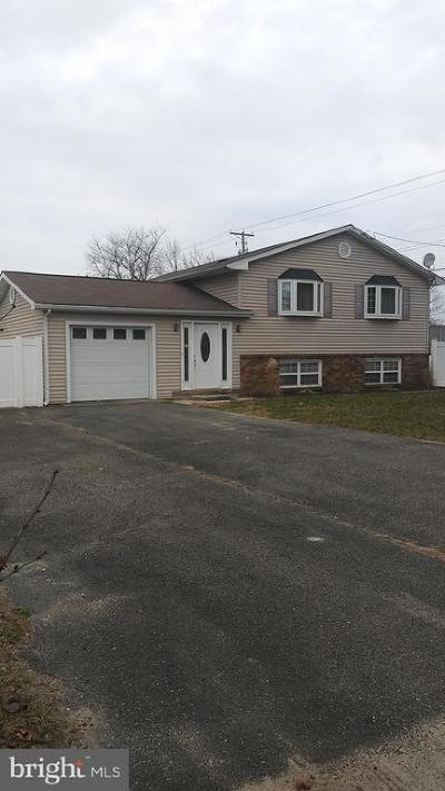 Hammonton Single Family Home For Sale: 1 Bennett Way