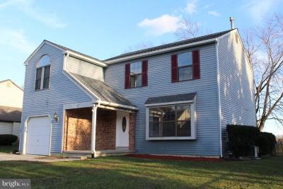 Sicklerville Single Family Home For Sale: 13 Covington Drive
