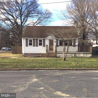 Cherry Hill Single Family Home For Sale: 900 Beechwood