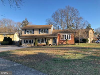Oaklyn Single Family Home For Auction: 144 Cornwall Drive