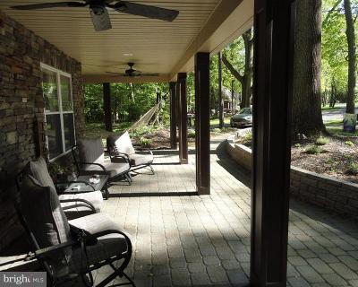 Laurel Springs Single Family Home For Sale: 1063 Chews Landing Clementon Road