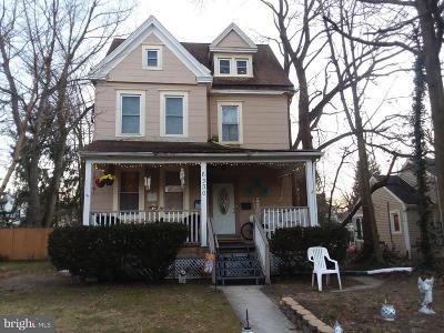 Pennsauken Multi Family Home For Sale: 6330 Harvey