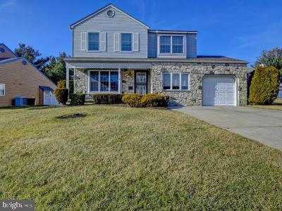 Clementon Single Family Home For Sale: 38 Cameron Circle