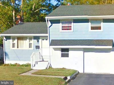 Clementon Single Family Home For Sale: 228 E Winthrop Avenue