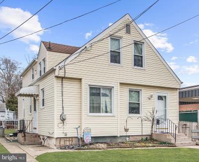 Runnemede Single Family Home For Sale: 206 Black Horse Pike S