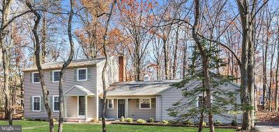 Cherry Hill Single Family Home For Sale: 9 Forage Lane