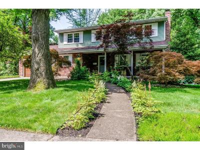 Cherry Hill Single Family Home For Sale: 108 Kingswood Ct.