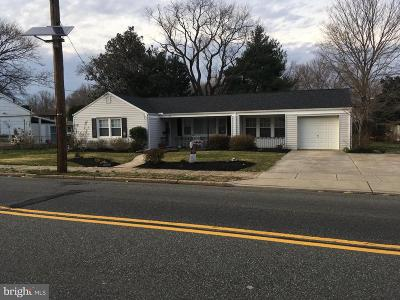Mount Ephraim Single Family Home For Sale: 310 Nicholson Road W