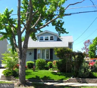 Oaklyn Single Family Home For Sale: 13 E Ormond Avenue