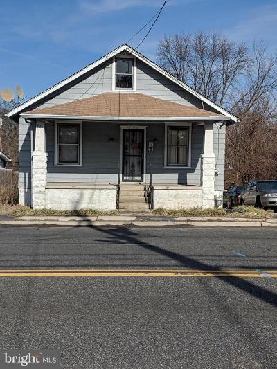 Magnolia Single Family Home For Sale: 427 N White Horse Pike N