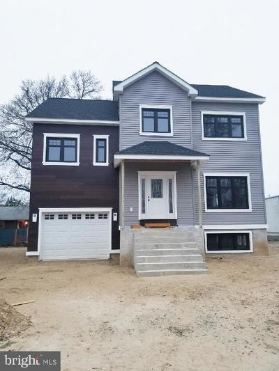 Pennsauken Single Family Home For Sale: 6649 Camden