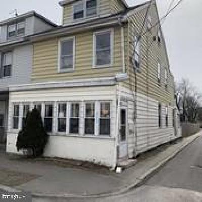 Gloucester City Single Family Home For Sale: 212 Middlesex Street