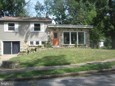 Somerdale Single Family Home For Sale: 200 W Crestwood Avenue