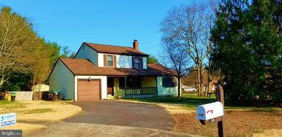 Gloucester Twp, Sicklerville Single Family Home For Sale: 110 Village Circle