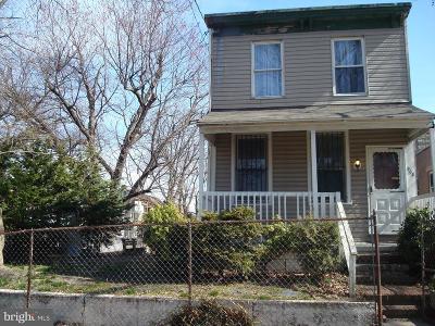 Camden Single Family Home For Sale: 908 25th Street N