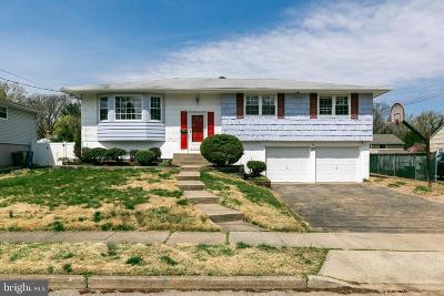 Cherry Hill Single Family Home For Sale: 22 Jade